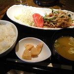 7149446 - 高知美鮮豚生姜焼き定食
