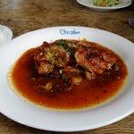 ショコラン - 料理写真:鶏肉とホタテ貝のトマトソース煮(ランチA)