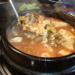 ヨプの王豚塩焼 熟成肉専門店 - 海鮮スンドゥブチゲ