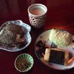 甘酒茶屋 - 力餅(黒胡麻きなこ、うぐいす、いそべ)&甘酒