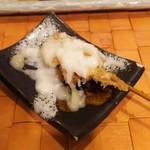 名代 串揚げ 松葉 - サーモン  自家製マヨネーズがけ