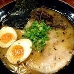 麺屋 双喜 - 熊本ラーメン(チーズ抜き)