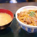なか卯 - 牛とじ丼