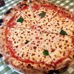 ICHIRIN grill sakura - 石窯マルゲリータのピッツァ