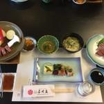 割烹旅館長崎荘 - 料理写真:八寸、刺身など