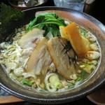 らー麺 天心 - ぶいこつ醤油麺