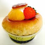 洋菓子 プランタン - 料理写真:サバラン¥400  (ラム酒?のシロップがカップの中になみなみ入っていてかなりヒタヒタ、お酒キツめ)