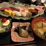 密漁船 - 握り定食
