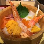 四六時中 - 料理写真:特盛うにの海鮮にぎわいおひつごはん_アップ