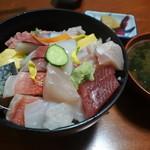 71510681 - 海鮮丼
