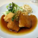 キッチンピーナッツ - お魚のフライ甘酢ソース