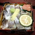 駅弁カフェ たけし - 武士のあじ寿司