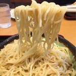 麺屋酒房 喜凛 - 麺アップ