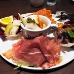 ファーム トゥー テーブル デ サリータ - 前菜盛り合わせ
