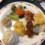 神戸餐館 - 海老マヨ、酢豚、かに玉、唐揚げ、野菜炒め、しゅうまい、ミニ豚まん