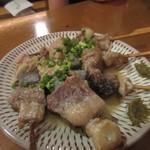 ふみ勝 - 最後はつけ串ホルモン一本190円をいただいてこの日の軽い宴会は終了させていただきました。
