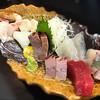 一栄 - 料理写真:見事な盛り付け 2200円のお造り