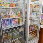 福田パン - 飲み物もイロイロ販売されている