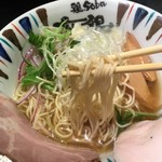 鶏Soba 座銀 - 細麺でちょうどいい量です。スープ飲み切っちゃうほど美味しい