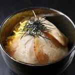 らーめん雷蔵  - チャーシュー丼
