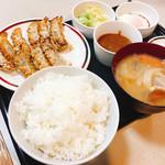 みよしの - みよしの定食、豚汁に変更820円