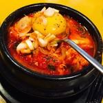 韓食 チーズタッカルビ - 純豆腐チゲ(スンドゥブチゲ)★スープ人気No.1