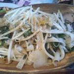 71534243 - 幅広麺の炒め物