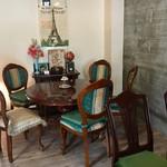 カフェ ミティーク - アンティークな家具