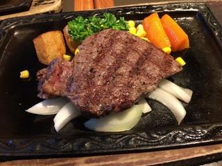 炭焼ステーキくに 両国店 - 米沢牛ロインステーキ