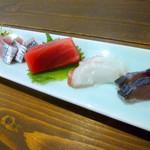 四季肴酒家 きなり - ◆刺身盛合わせ(コチ、鰯、マグロ、タコ、〆サバ)