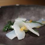 和食 えん - 白蒟蒻と昆布の和え物アップ