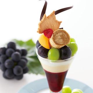 岡山ぶどうのフルーツパフェ