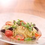 アロマフレスカ パスタ&ビオワイン - ずわい蟹のスパゲッティーニ