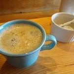 トラットリア ガタキージ - ランチコーヒー