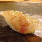 鮨 そえ島 - ◆鯛の昆布〆・・〆加減も程よい品。