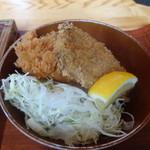 平塚漁港の食堂 - おまかせ刺盛膳の魚フライ
