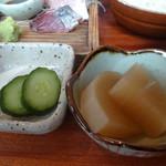 平塚漁港の食堂 - おまかせ刺盛膳の副菜