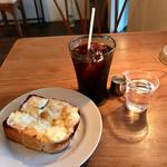 コーヒー ハット - チーズトースト、アイスコーヒー