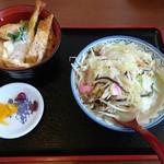 71550404 - プチ欲張りセットのミニミニチャンポンとミニ丼(ミニエビ・カツ丼)