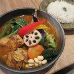 Rojiura Curry SAMURAI. - チキン1/2&豚角煮と野菜(5辛、ライスM、1,350円)