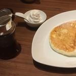 むさしの森珈琲 - むさしの森珈琲特製ふわっとろパンケーキ &ホイップクリーム