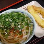丸亀製麺 - 料理写真:かけ(69元)いか天(35元)海老天(35元)