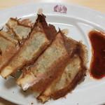 ラーメン大学 - 料理写真:焼き餃子