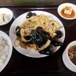 71565539 - キクラゲと玉子の炒め定食(¥880)