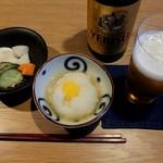 えびす坂 鳥幸 - ビールとお通し2種。