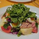 Aux delices de dodine - ニース風サラダ1,250円