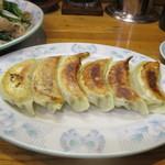 中華飯店青柳 - 餃子(絶品)