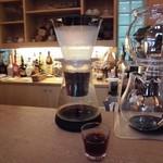 71576259 - 時間をかけて1適1適抽出する水出しアイスコーヒー