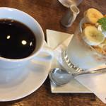 楓屋コーヒー - 料理写真:コーヒーとパフェ