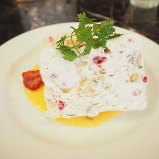 ブロンディール - 料理写真:ヌガーグラッセ